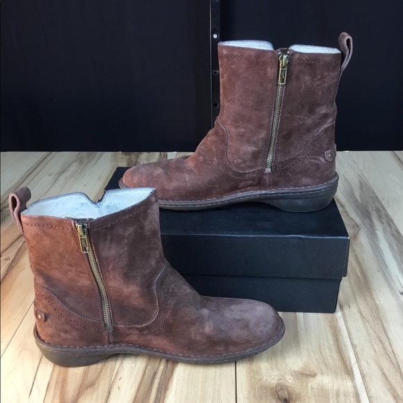 b5622b77d77 Women's Brown Ugg boots Neeva suede boots size 10
